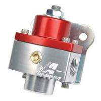 """[Regulator ciśnienia paliwa Aeromotive SS Carburetor 750HP 3/8"""" NPT Red]"""