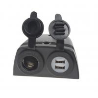 [Dvojitá zásuvka s panelom 1x CL + 2x nabíjačka USB vodeodolná]
