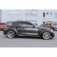 [Royal Body Kit BMW E81 Drzwi Lewe]
